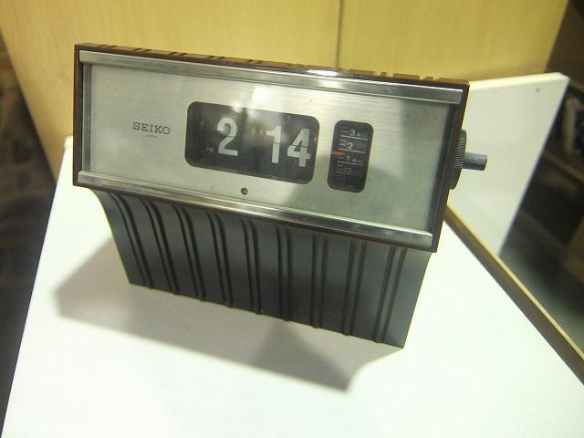 SEIKO デジタルクロック DP638
